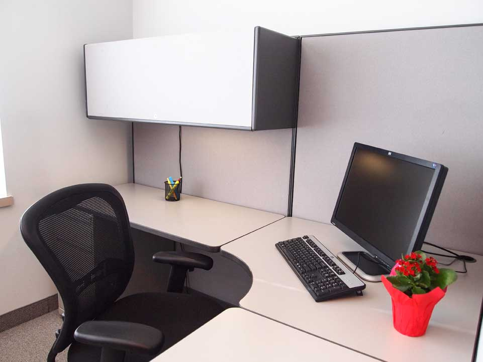Open workspace cubicle